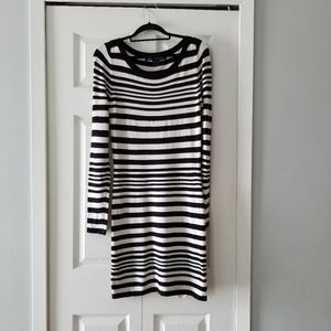👗FRENCH CONNECTION STRIPE LONG SLEEVE DRESS